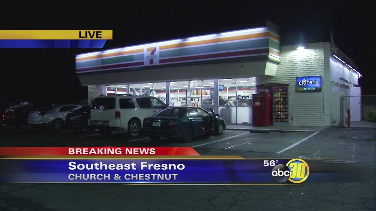 Police looking for suspect who tried to rob a 7-Eleven in Southeast Fresno