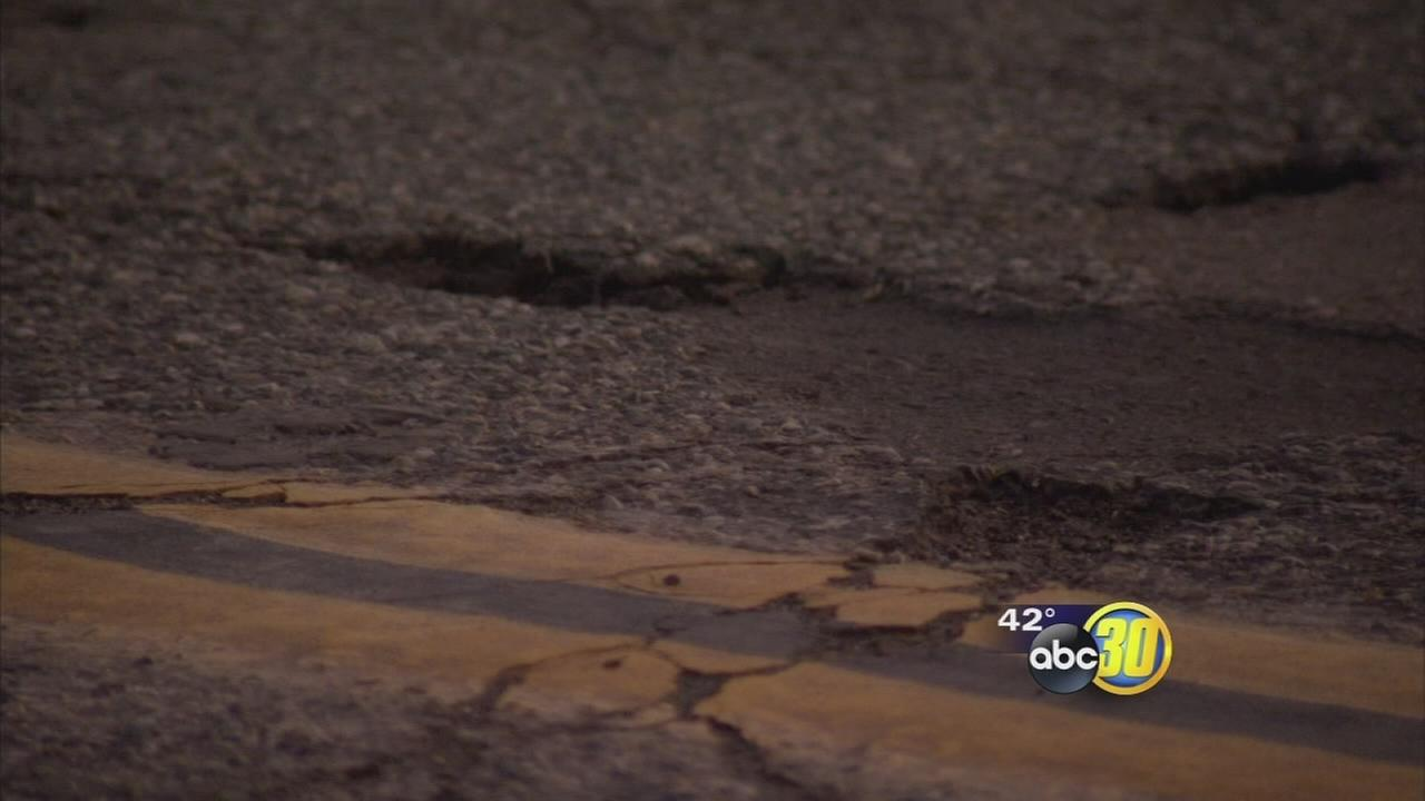 Fresno crews work to fix pothole problems after storm