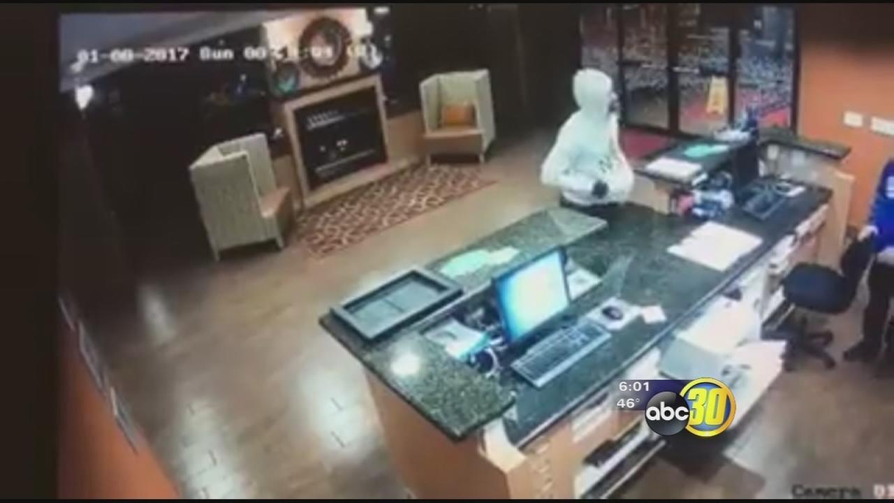 Police investigating robbery at Madera hotel