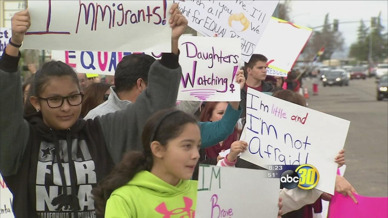 Hundreds gather in Northeast Fresno for Womens March