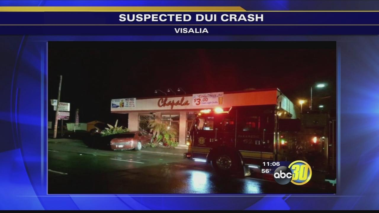 DUI driver crashes into Visalia restaurant, police say