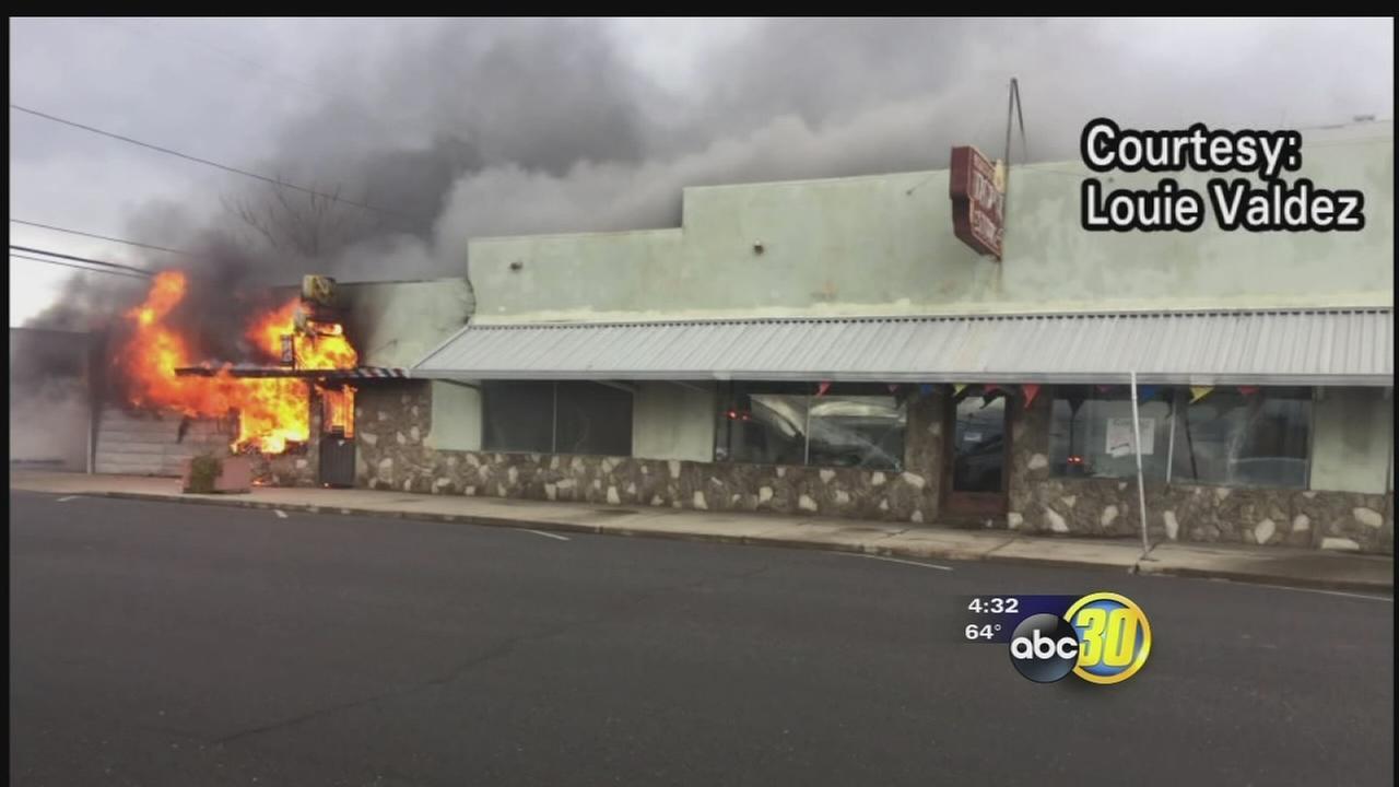 Fire destroys historic department store in Firebaugh