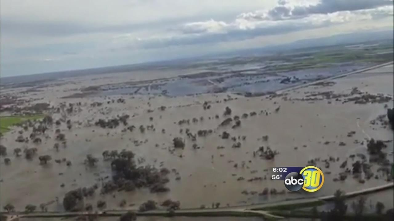 022417-kfsn-6pm-merced-county-flooding-2-vid