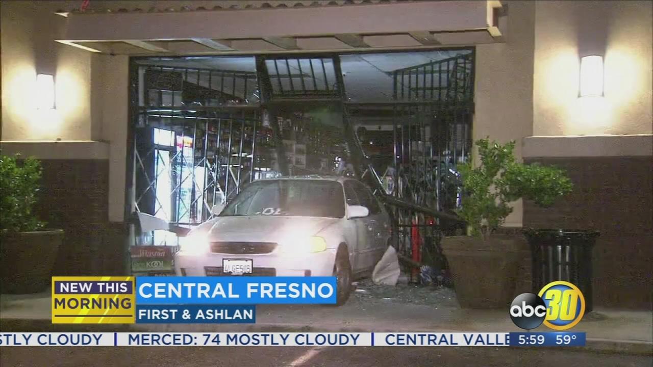Car crashes into Central Fresno smoke shop