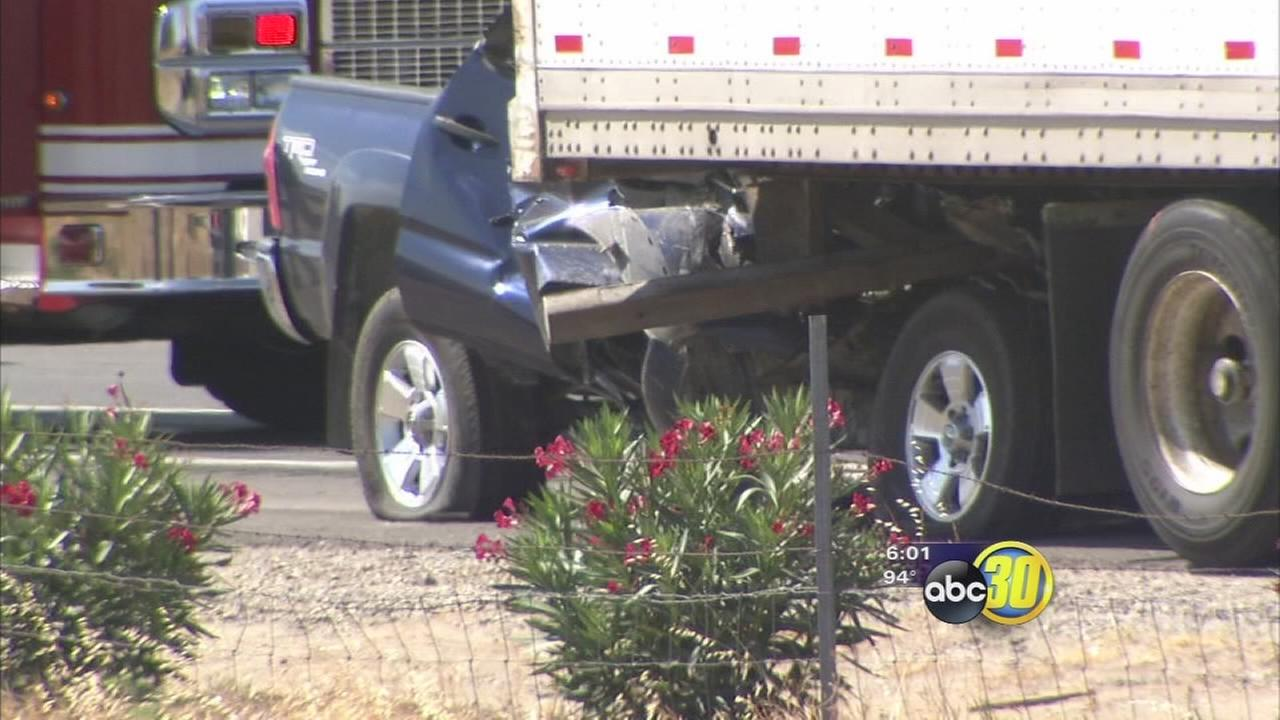 Pickup driver killed in crash with big rig in Northwest Fresno
