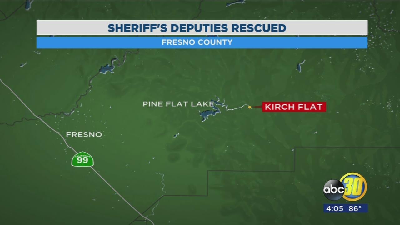 All 5 Sheriffs Deputies rescued after raft flips on Kings River