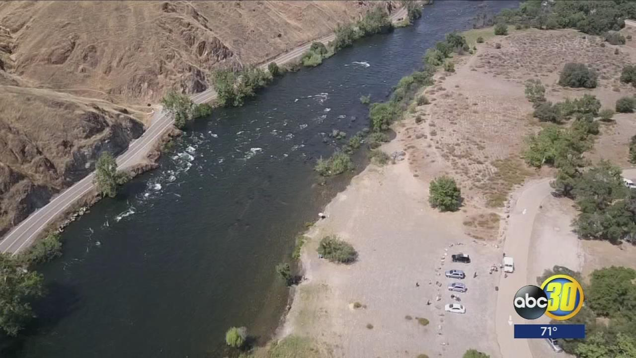 3 teens rescued from Kings River