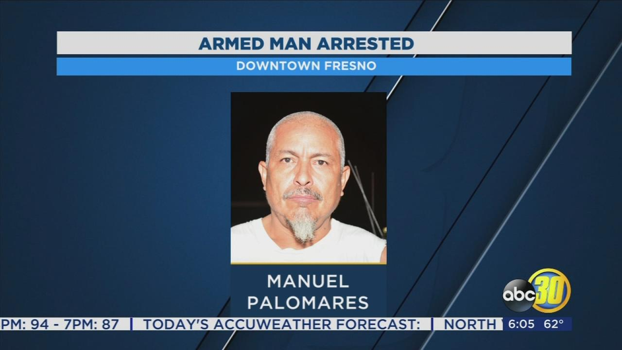 Man arrested for wearing a loaded gun into a Fresno bar