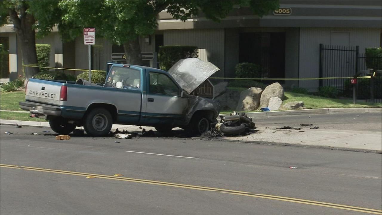 Motorcyclist dies in Central Fresno crash - Fresno news - NewsLocker