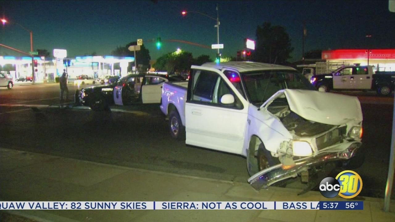 Police car involved in crash in Northeast Fresno, 2 injured