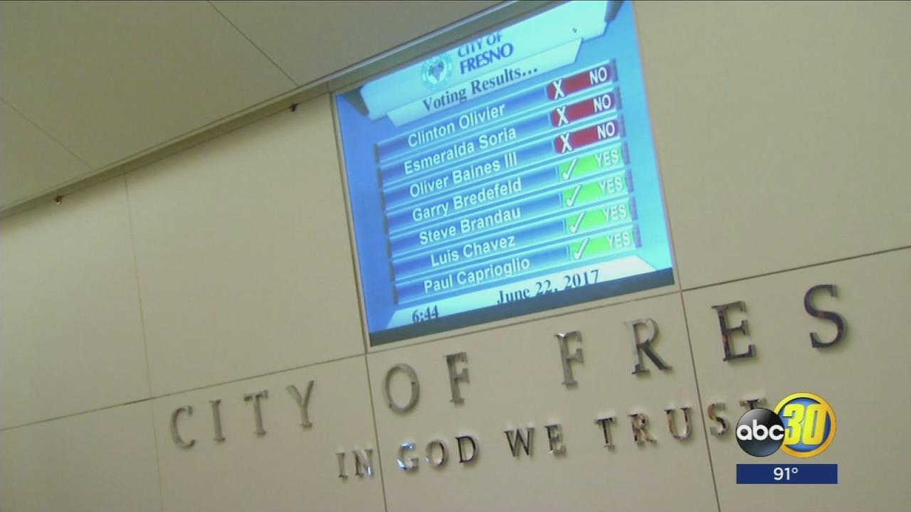 Fresno City Council votes to ban marijuana dispensaries, cultivation