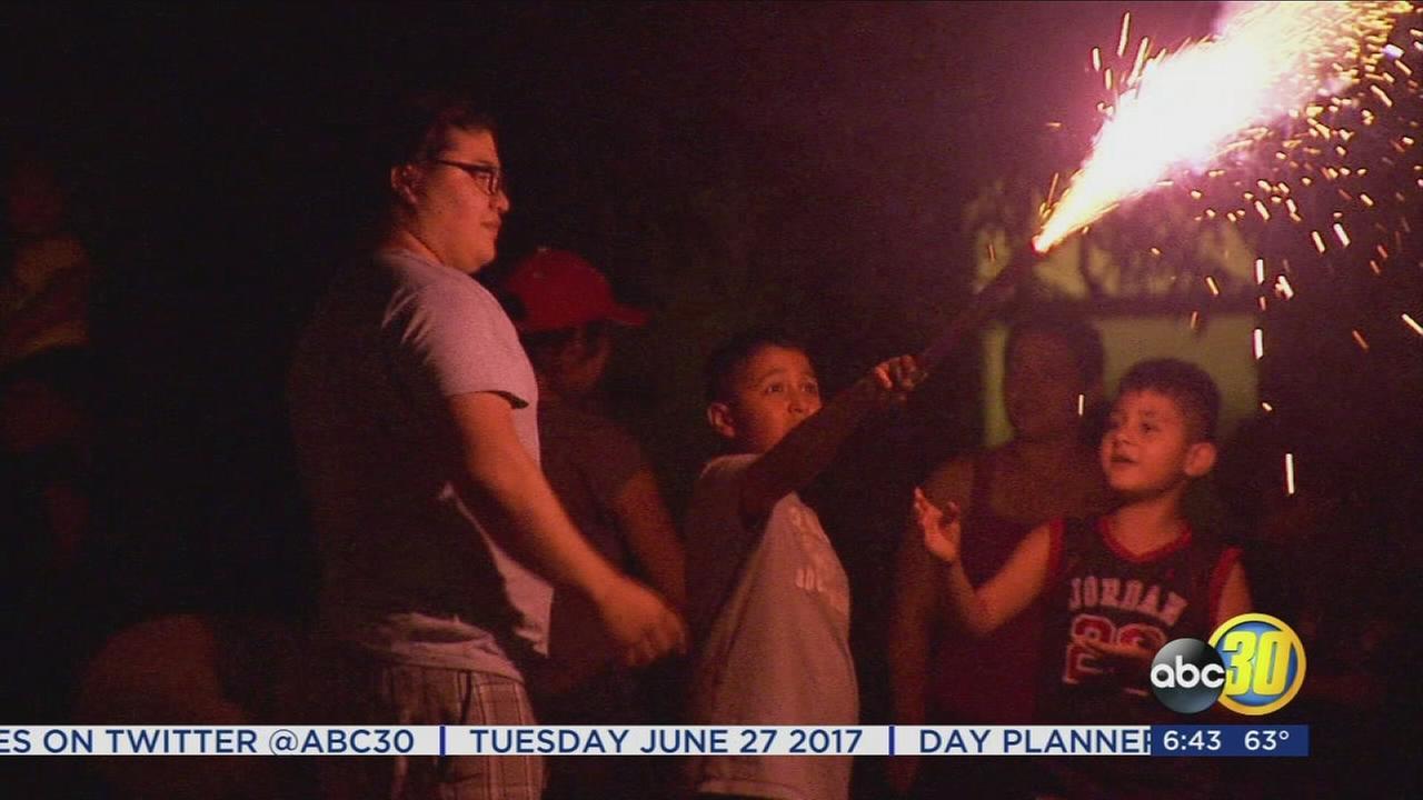 062717-kfsn-630am-fireworks-vid_1