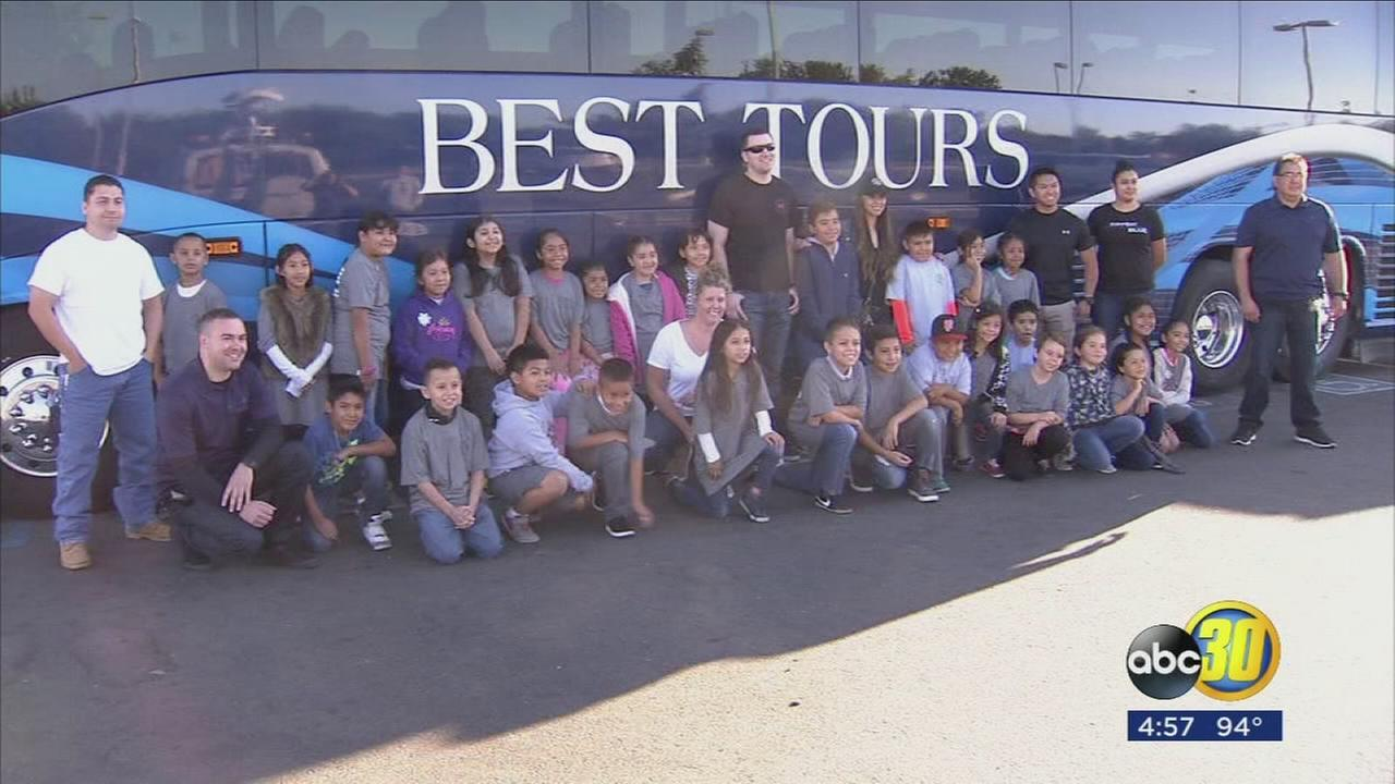 Fresno Police officers take hundreds of valley kids to Monterey Bay Aquarium