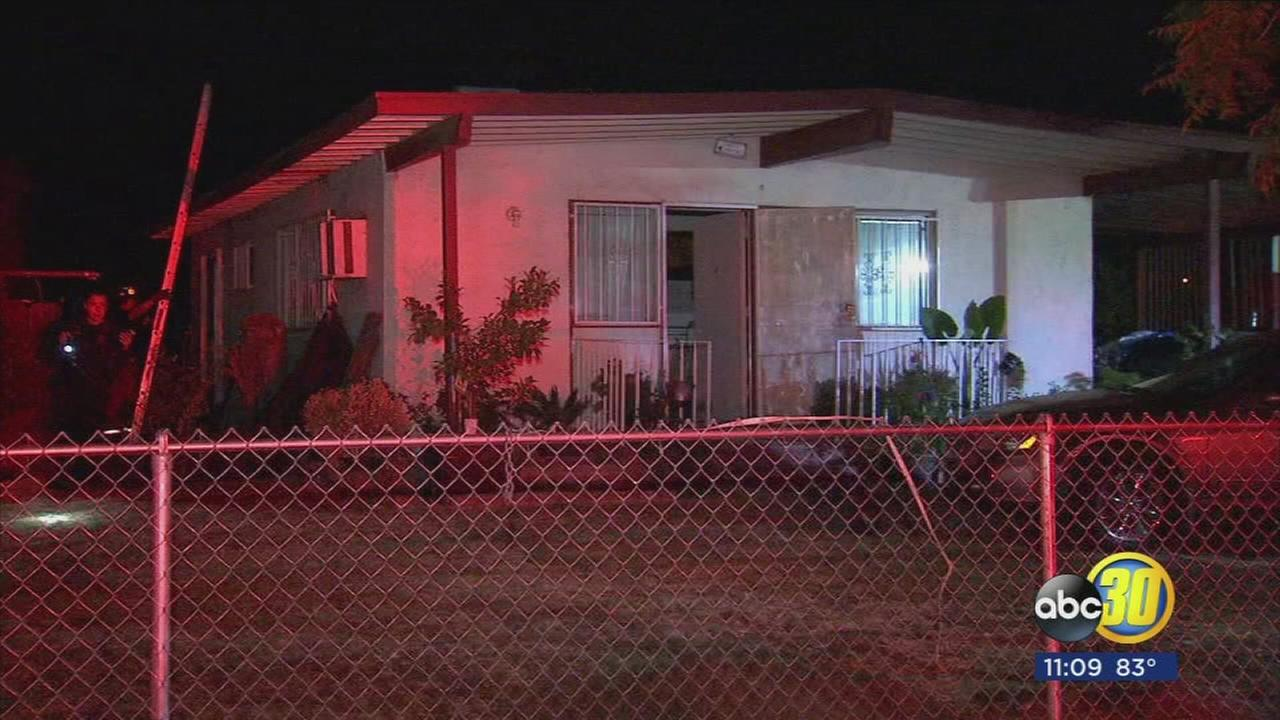 Fresno police officer saves family from house fire