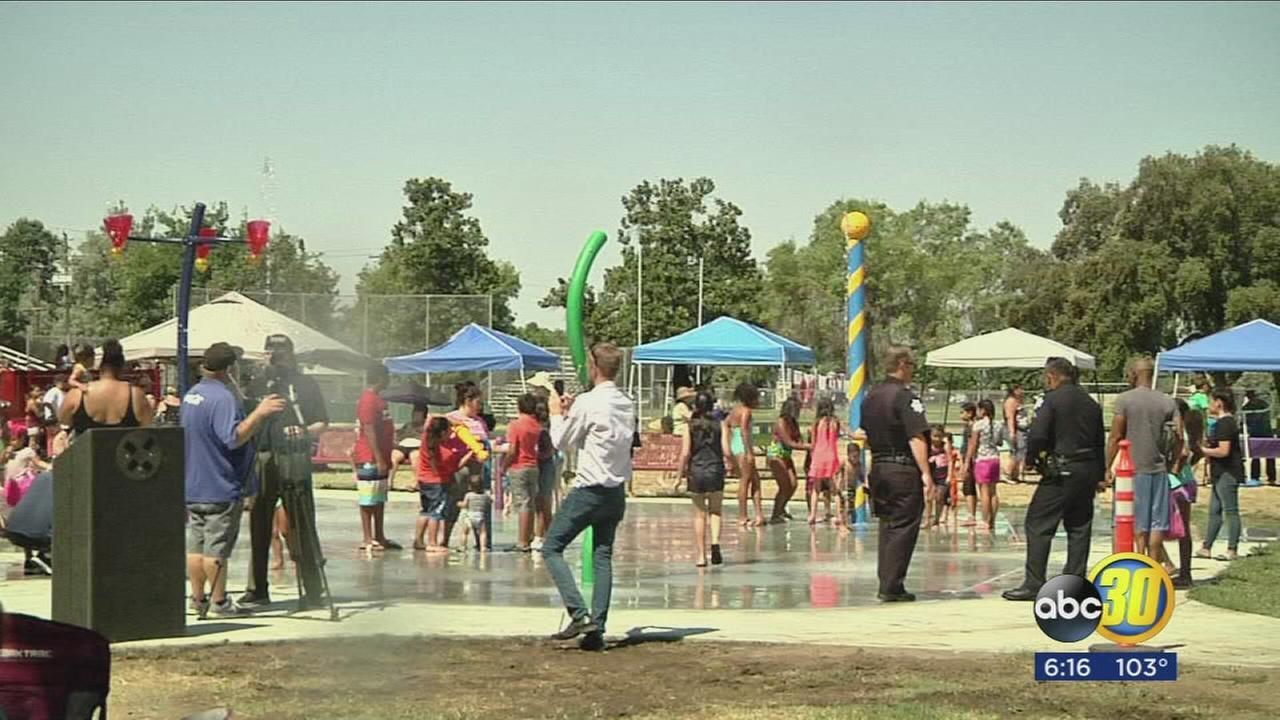Neighbors celebrate opening of new Fresno splash park