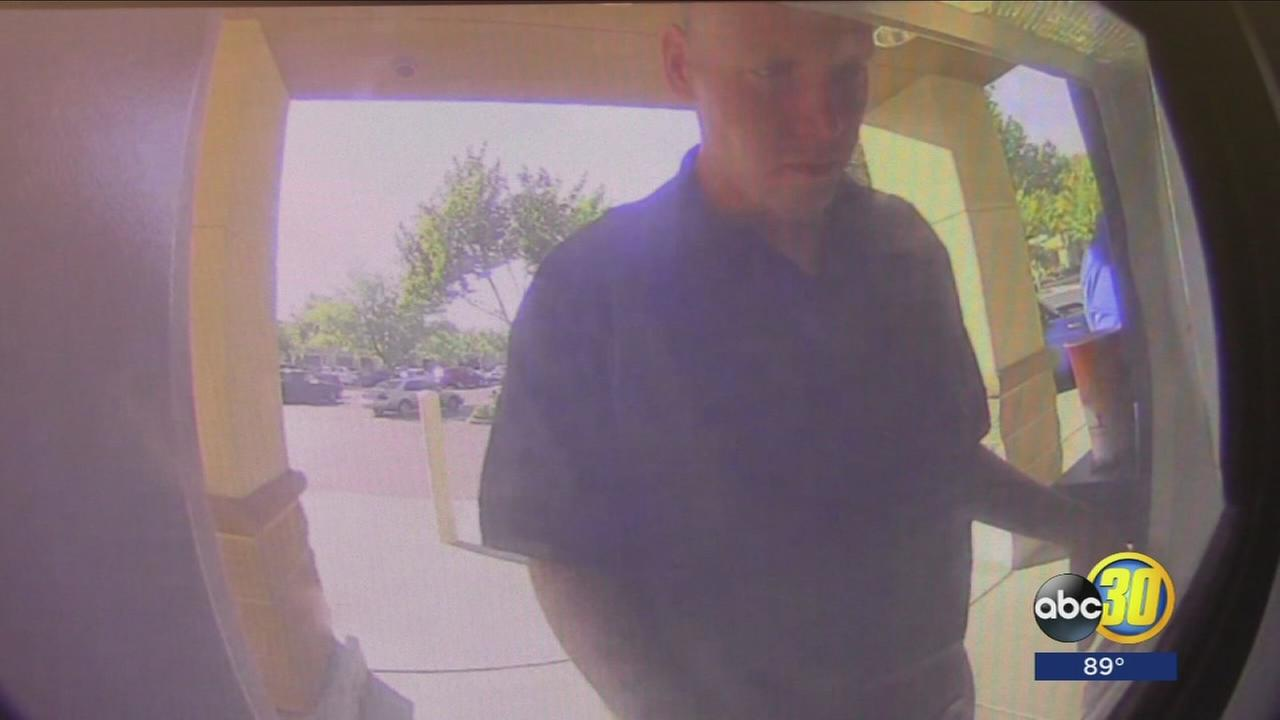 Fresno County Sheriffs Office looking for 2 suspects accused of check fraud in Clovis