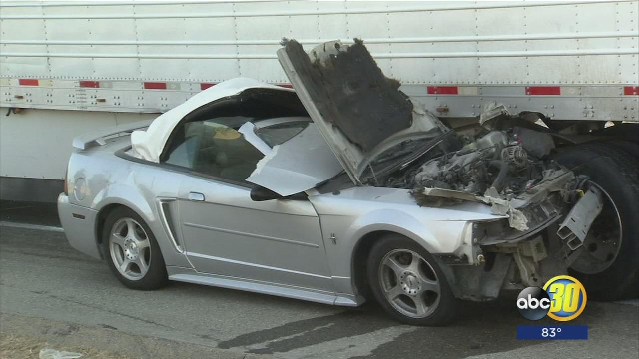 1 person killed in crash on Highway 99