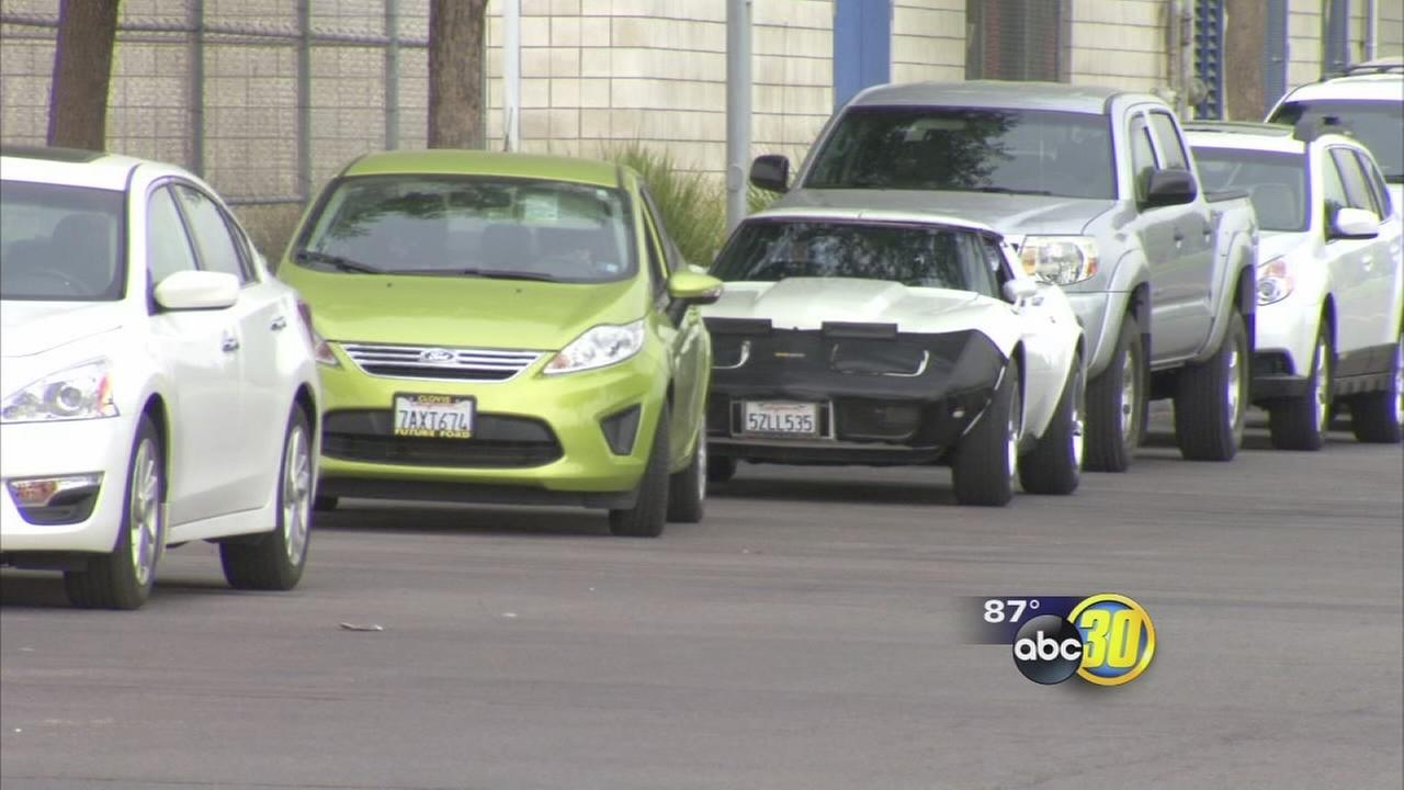 Thieves target cars in Clovis schools parking lot