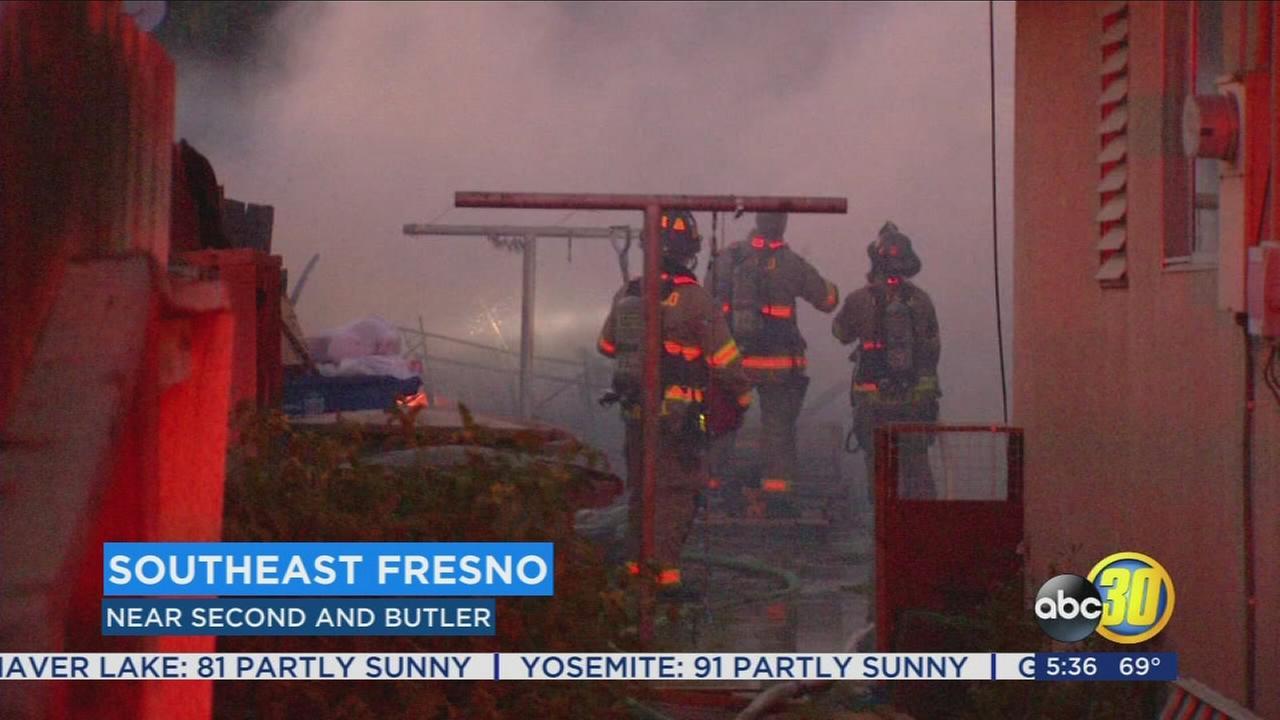 Fire destroys southeast Fresno trailer home