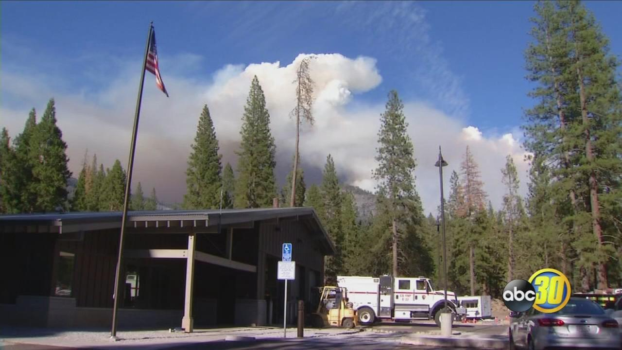 081917-kfsn-11pm-yosemite-fire-vid