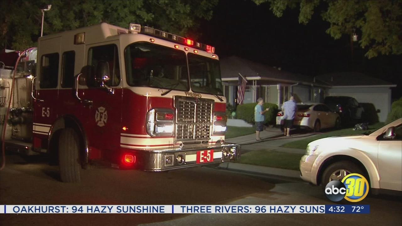 Fire damages Central Fresno home