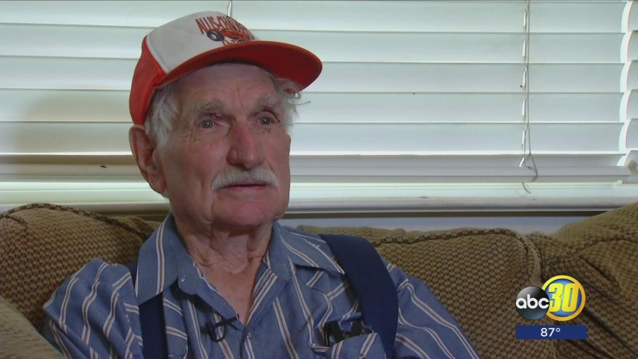 86-year-old describes moments before Mission Fire destroys home