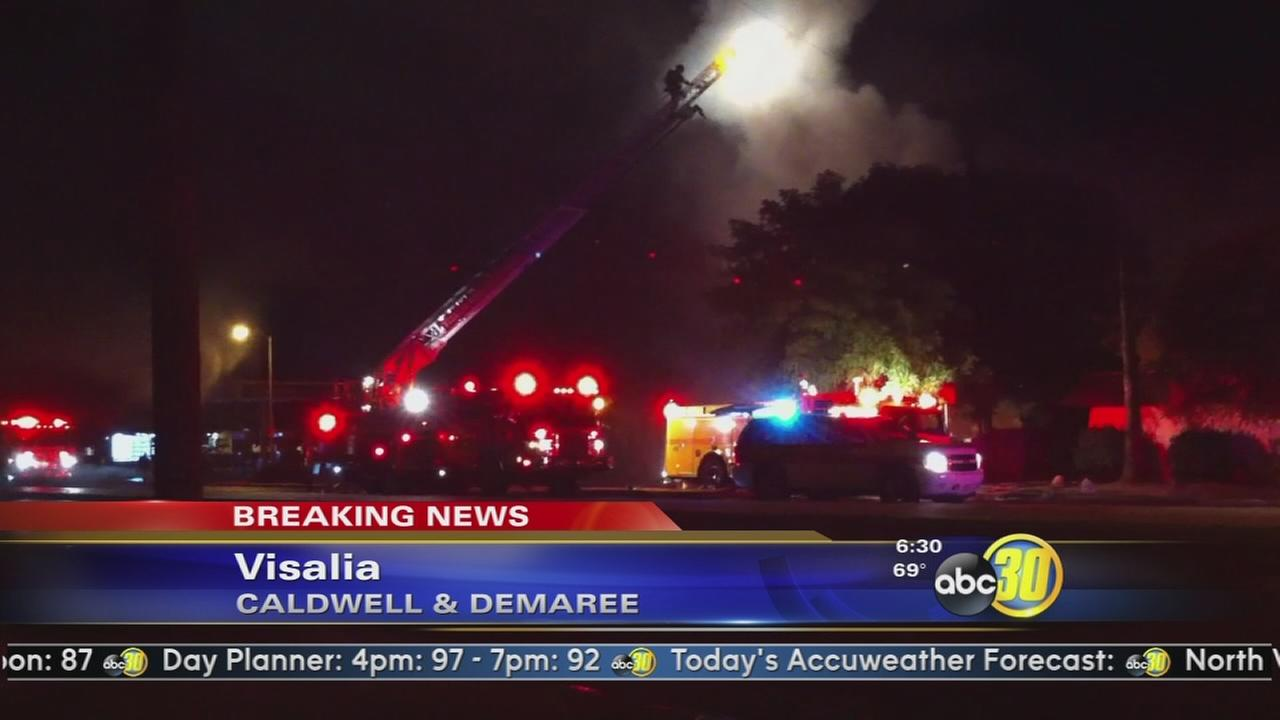 Large fire burns businesses, apartments in Visalia