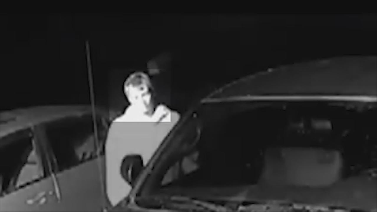 VIDEO: Man seen trying to get into cars in Northwest Fresno