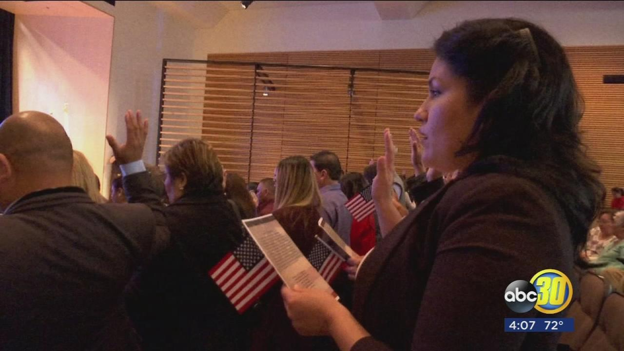Clovis Veterans Memorial hosts naturalization ceremony