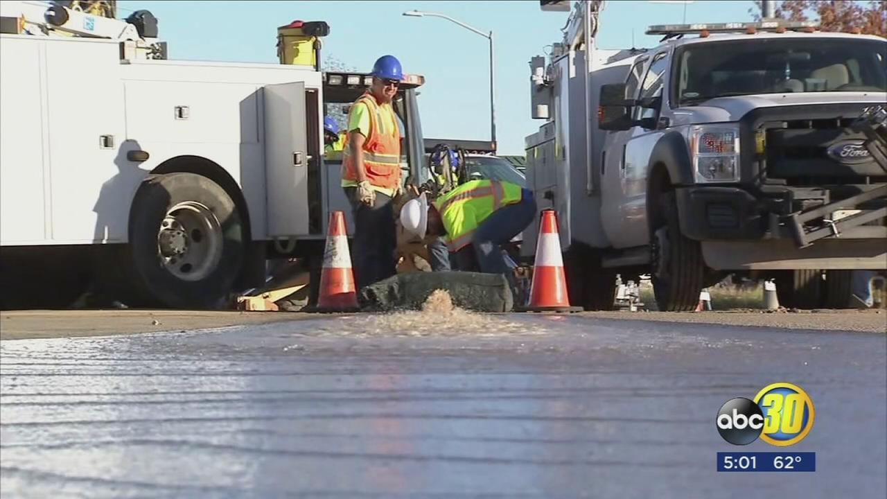 TRAFFIC ALERT: Clovis and Herndon Intersection partially closed due to water main break