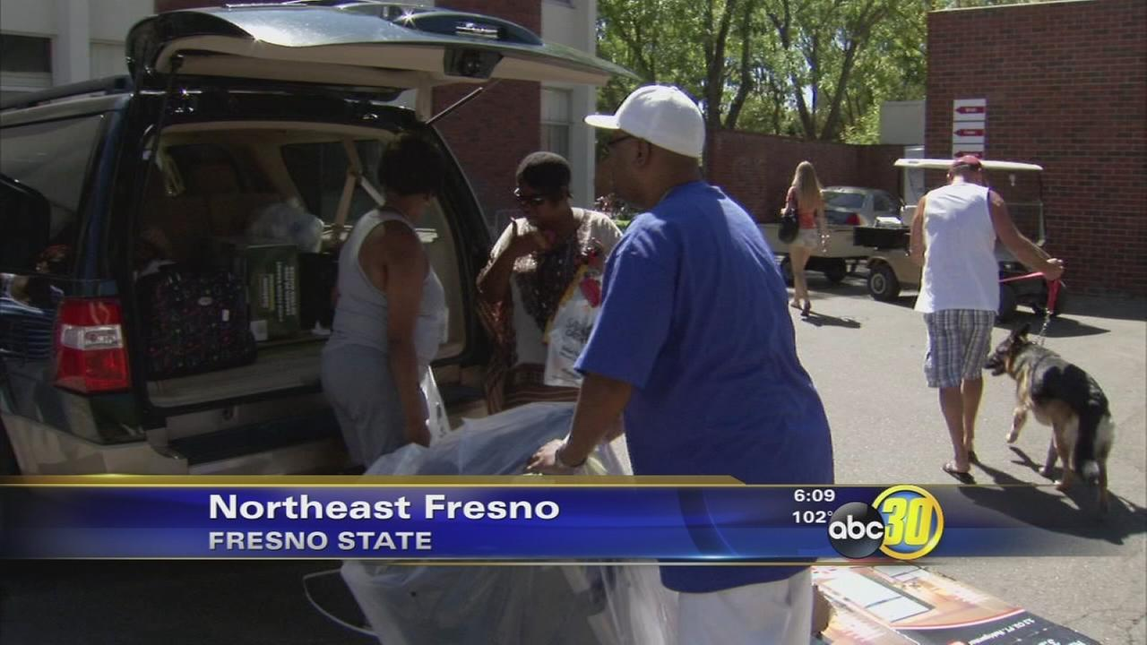 Fresno State students move in for new school year