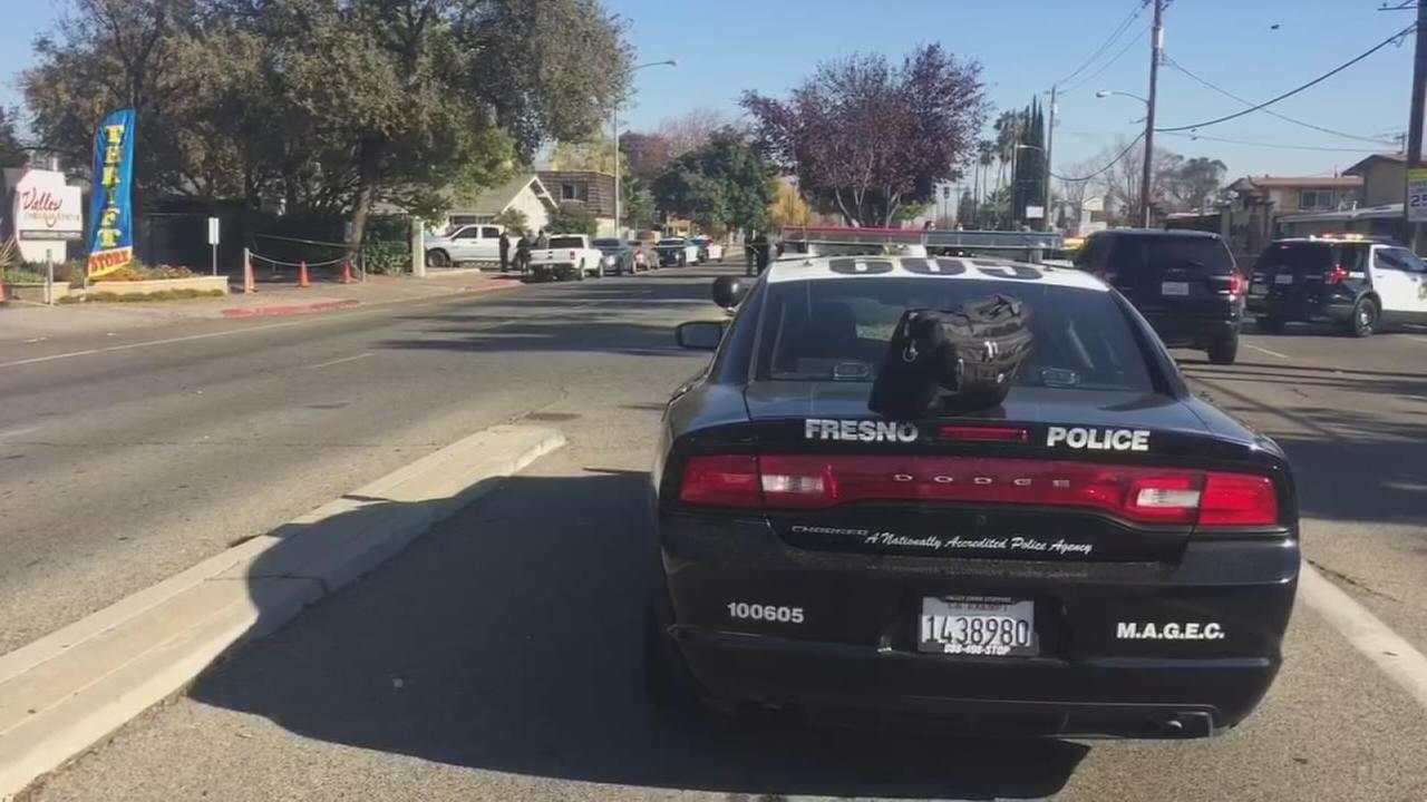 Man shot after being chased by Fresno Police, witnesses say