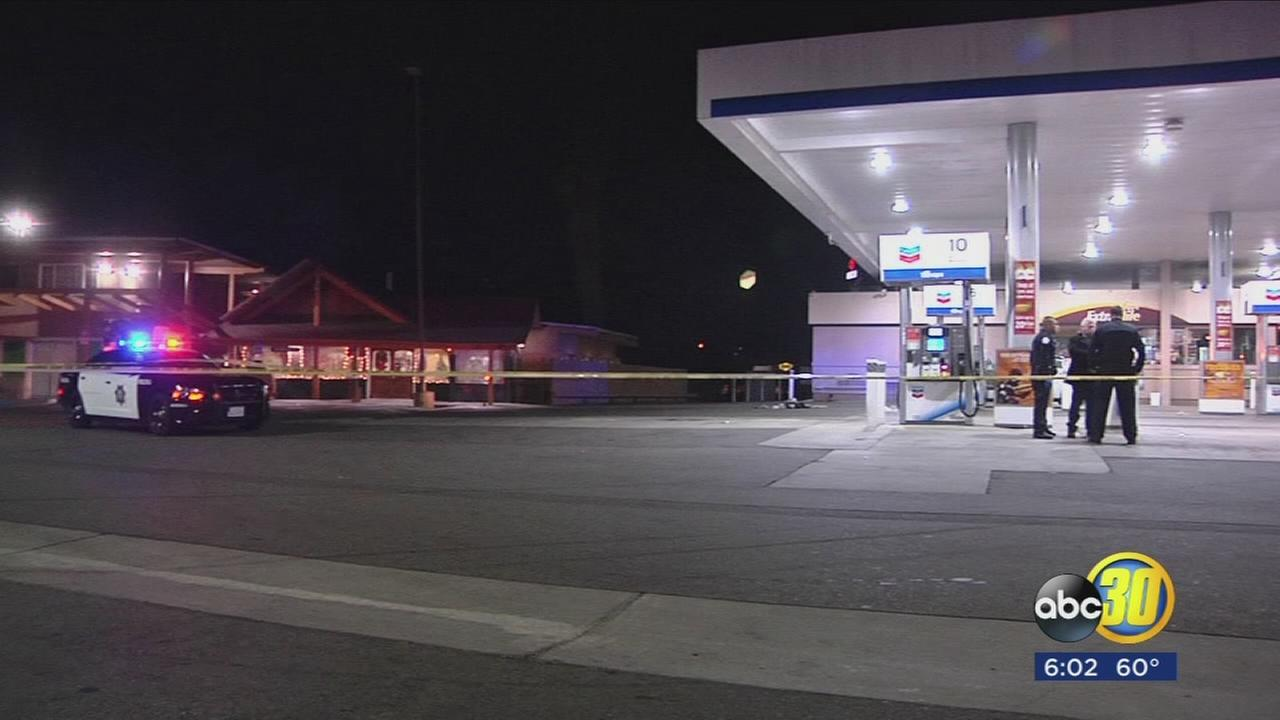 Police search for suspect who stabs man at Central Fresno gas station