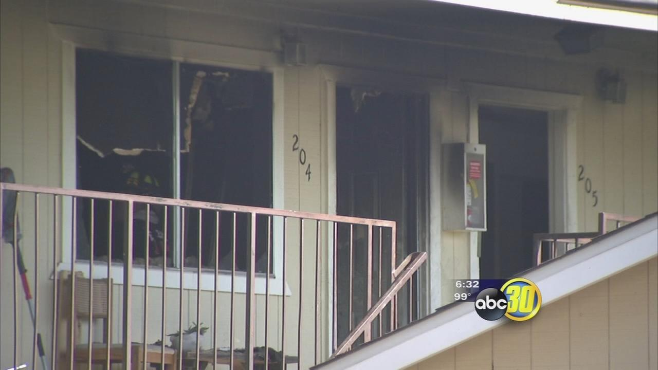 SE Fresno apartment fire displaces more than 30