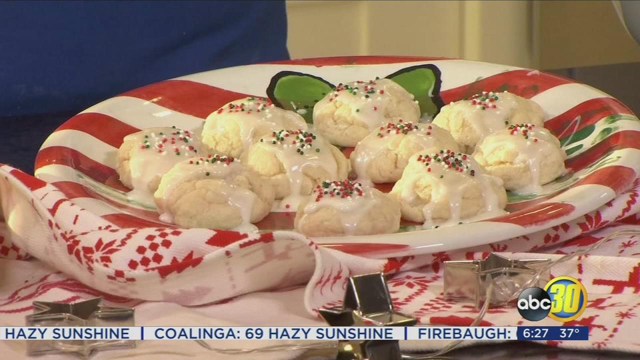 Chef Shayna: Italian Christmas Cookie and White Russian