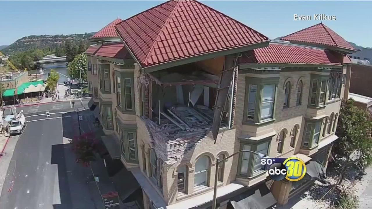 South Napa Quake damages at least 100 buildings