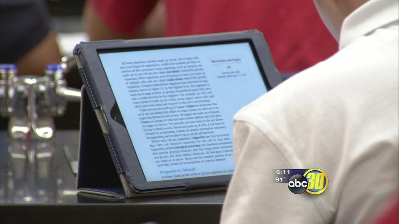 San Joaquin Memorial rolls out iPads for students