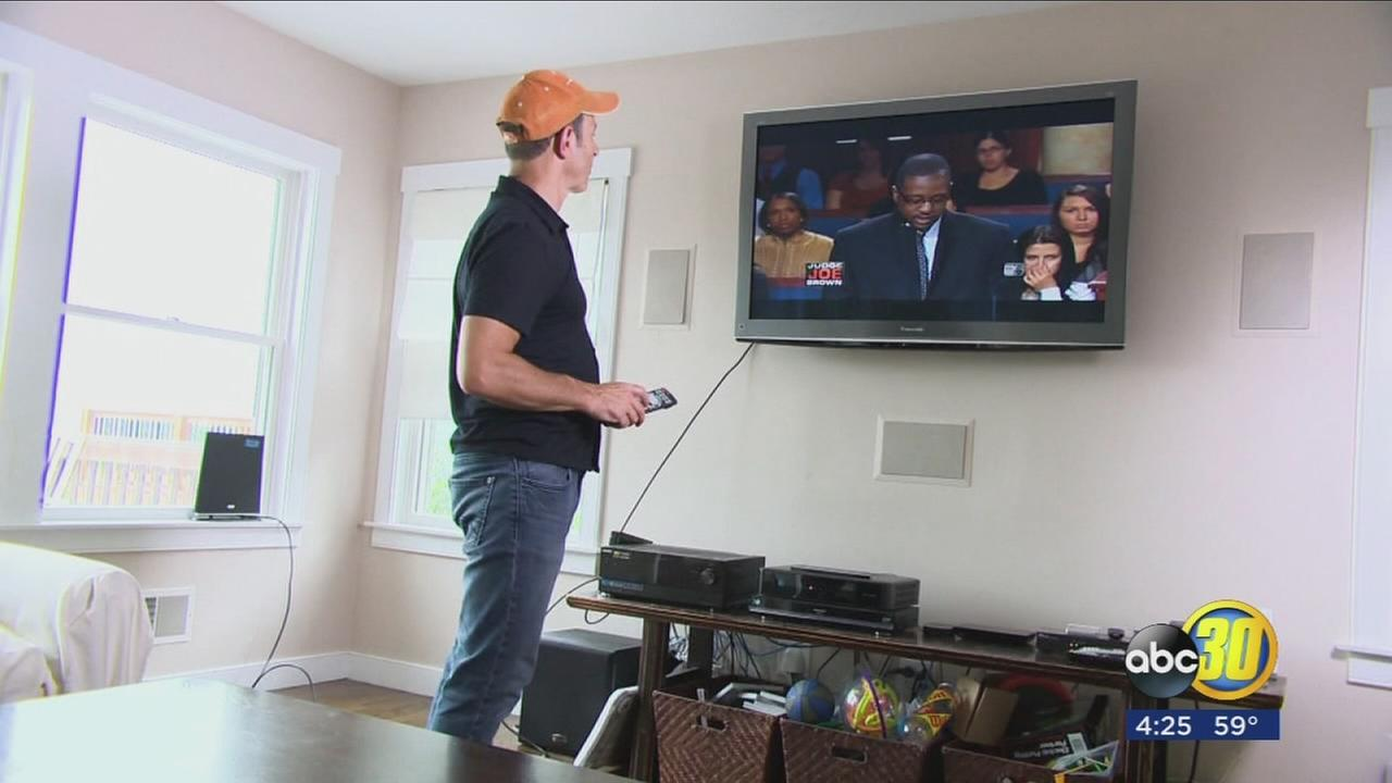 Get free HDTV with an indoor antenna