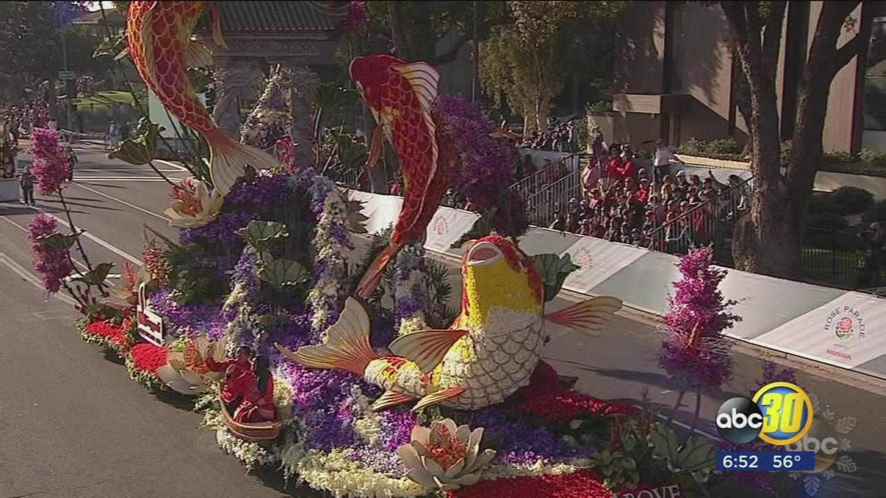 Thousands line streets of Pasadena for 129th Rose Parade