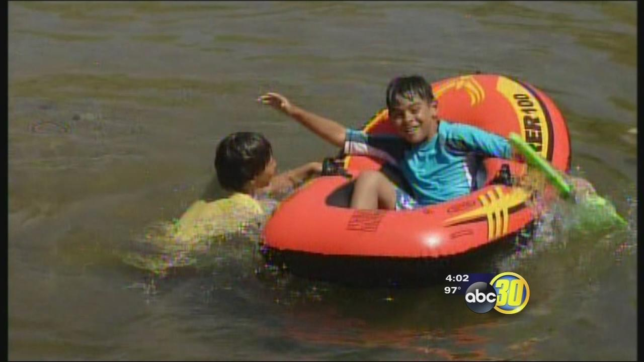 Families enjoy Labor Day at Lindys Landing despite low water levels