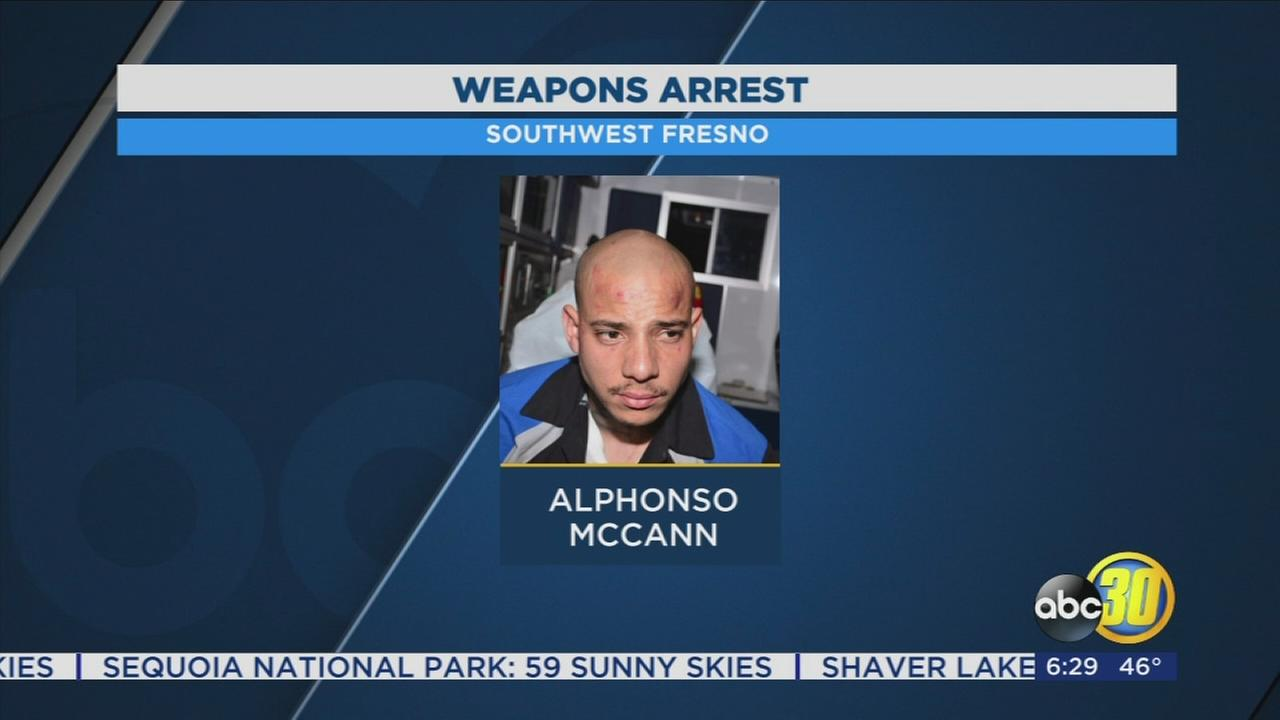 Fresno Police arrest gang member after finding 2 guns during traffic stop
