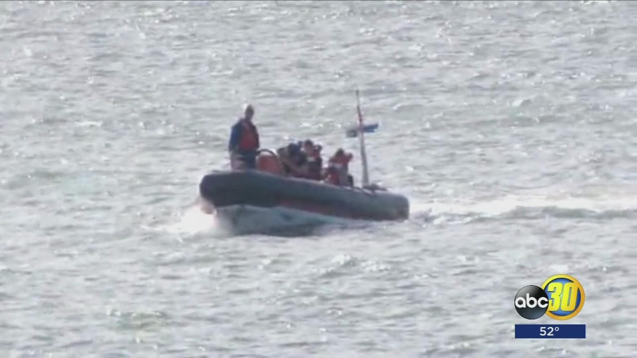 Sightseeing boat with 43 on board runs aground near Berkeley