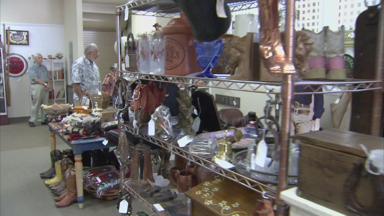 Clovis antique store reopens after devastating fire