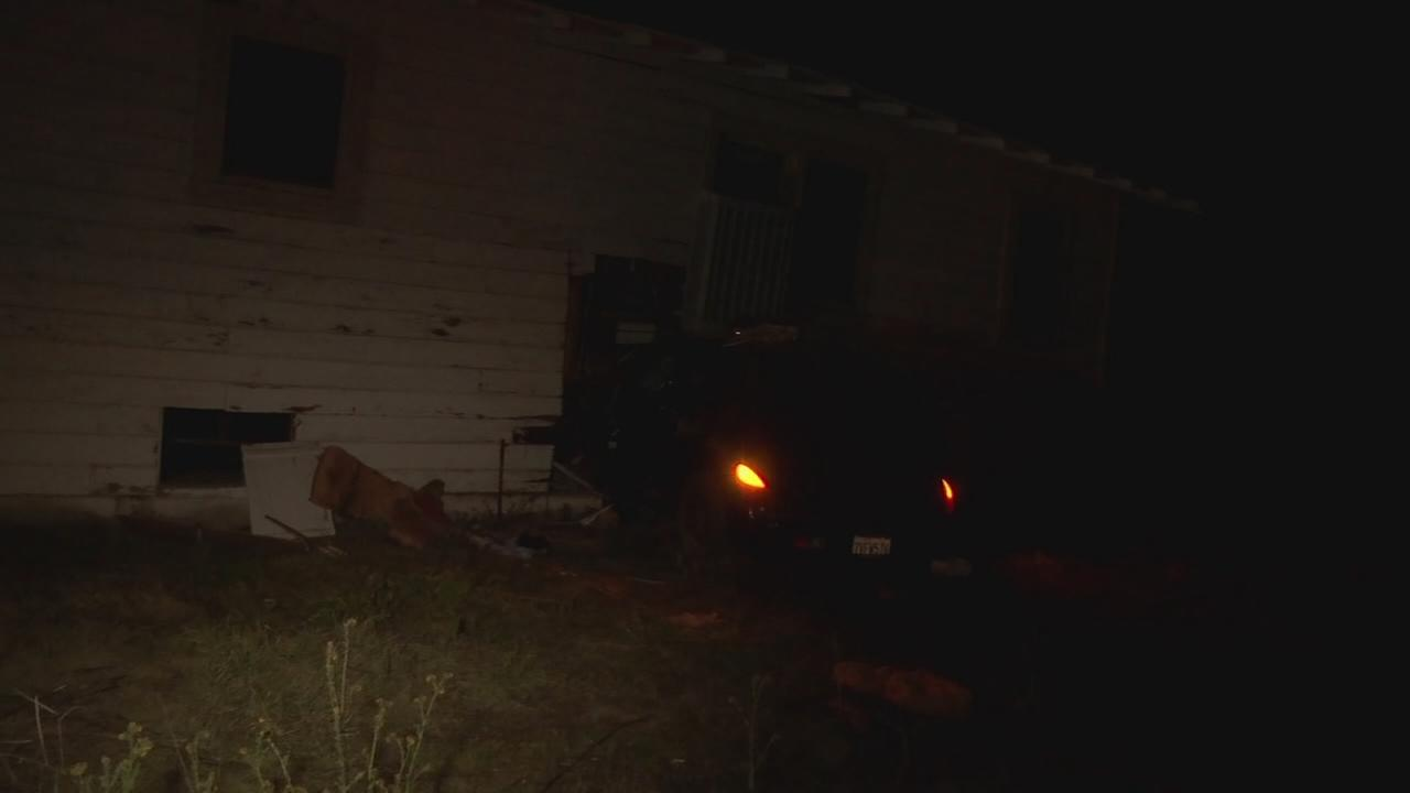 Suspected drunk driver crashes into elderly mans home in Kingsburg