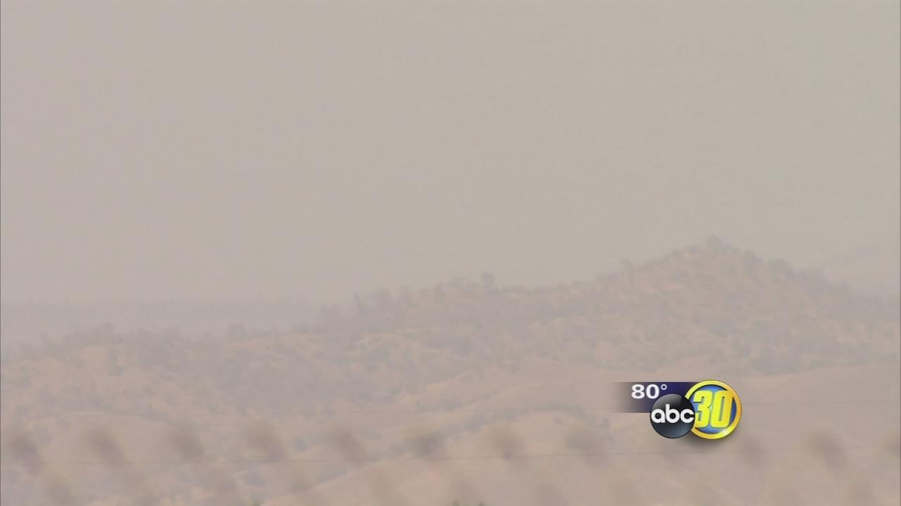 El Dorado County wildfire sends smoke into Valley