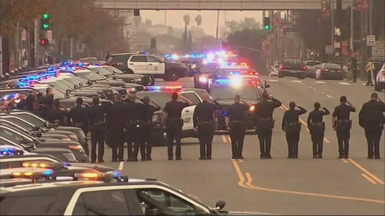 Pomona standoff: Suspect arrested after shooting leaves 1 officer dead, 1 wounded