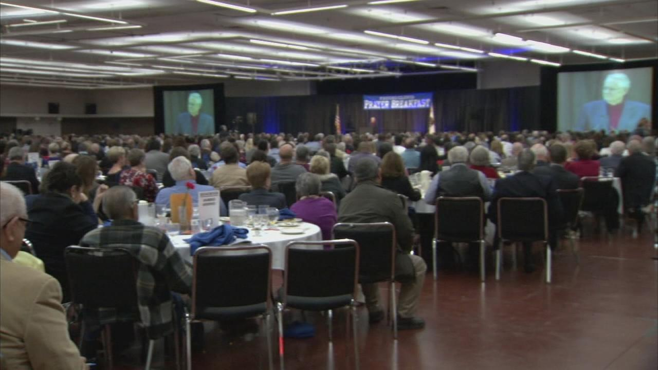 Hundreds flocking to Downtown Fresno for annual prayer breakfast