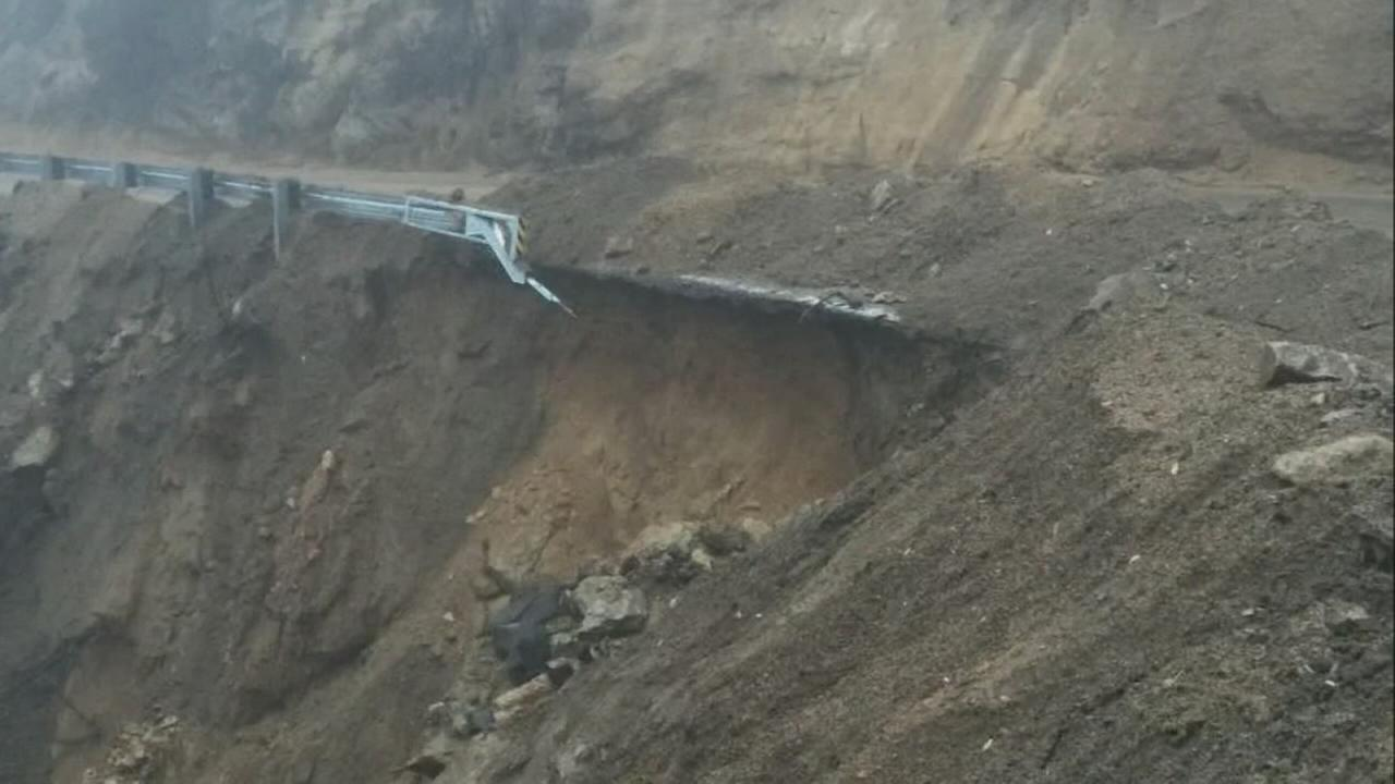 Highway 190 past Springville closed all weekend due to mudslide