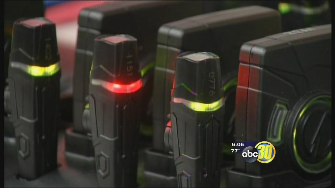 Hanford police officers getting body cams