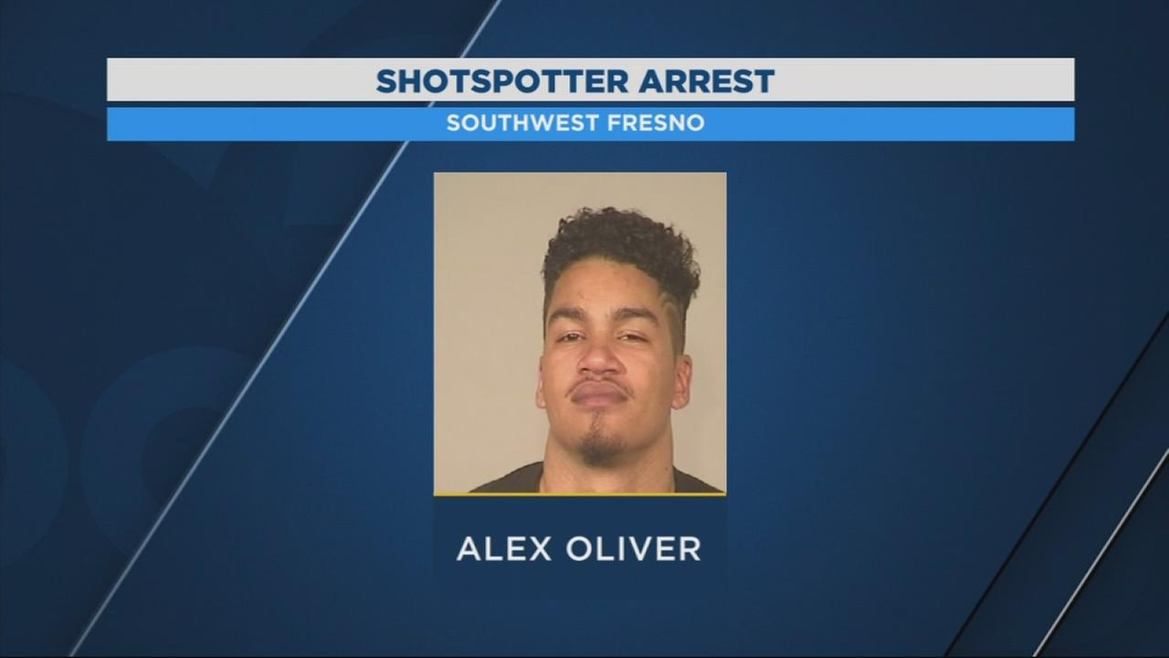 Man arrested after leading Fresno Police on high-speed chase with child in car
